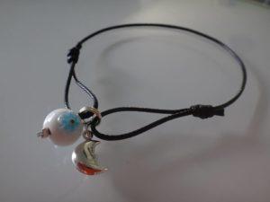bracelet noeuds coulissant lune fleur bleue