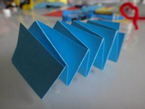 guirlande papier chenille 7