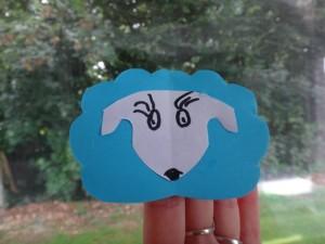 marionnette de doigt mouton