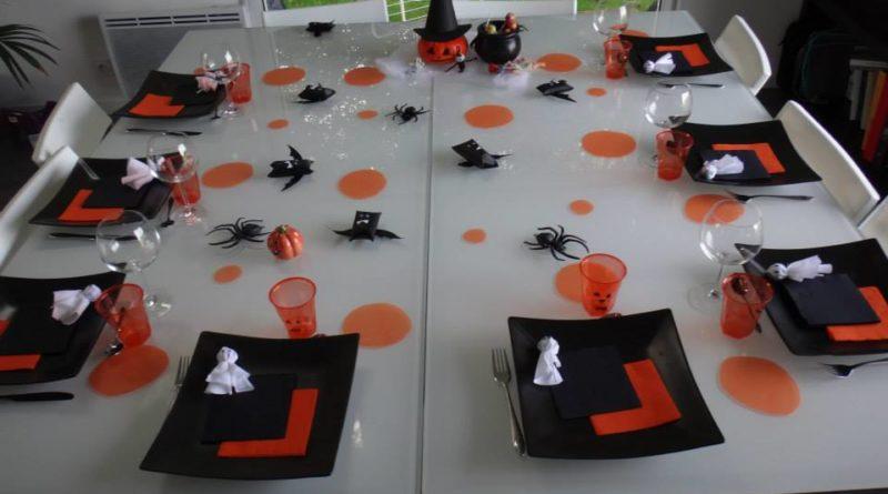Idees Deco De Table Repas Et Maquillage Halloween Manzabull
