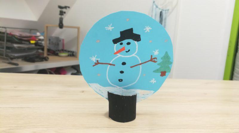 Activité manuelle boule à neige en papier