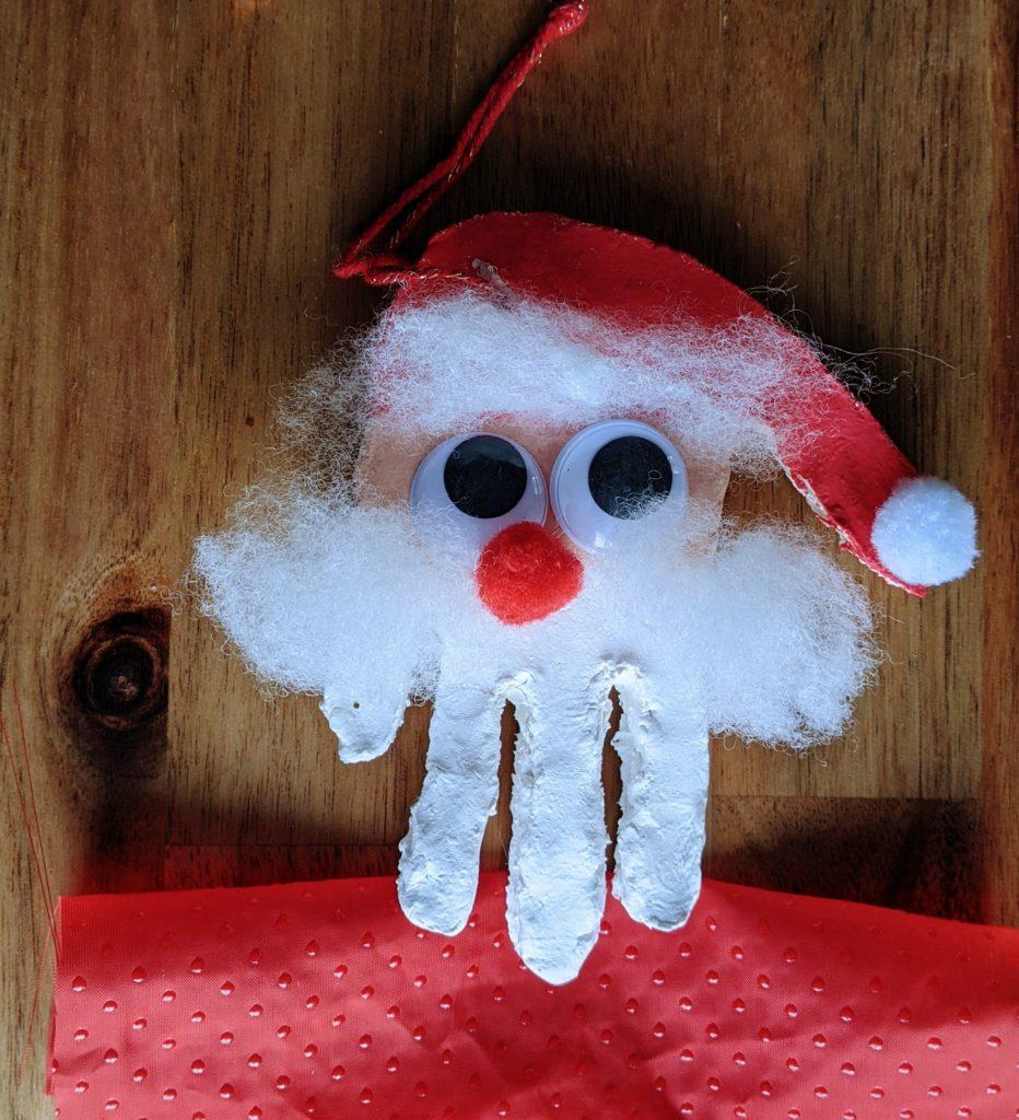 DIY Noël décoration de sapin : le père Noël empreinte