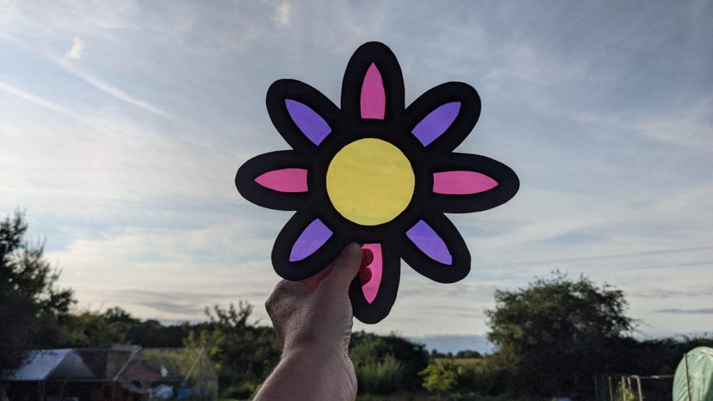 faire une fleur en papier vitrail